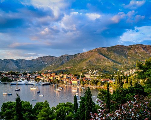 Photo of a harbour in the balkans
