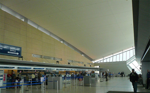 Buffalo Niagara International Airport Departures
