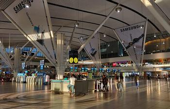Cape_Town_International_Airport_terminal