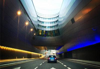 Dublin Airport terminal highway