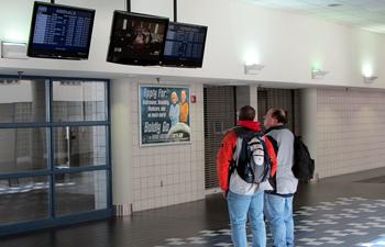 South_Bend_International_Airport_terminal