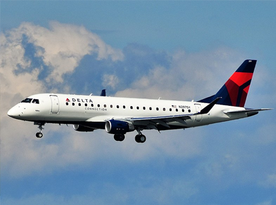 delta connection plane in sky
