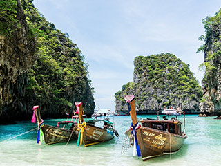koh phi phi beach in thailand
