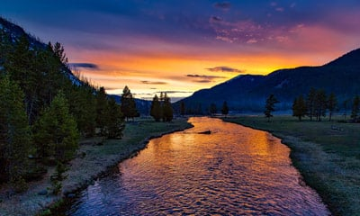 yellowstone valley at sunset